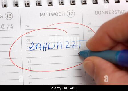 Entry in a private calendar, dentist's appointment - Stock Photo