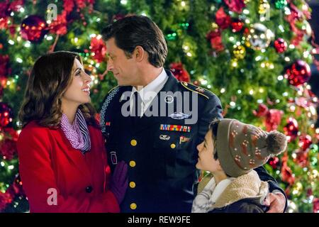 The Christmas Note.Jamie Lynn Sigler Jeremy Guilbaut Character S Gretchen
