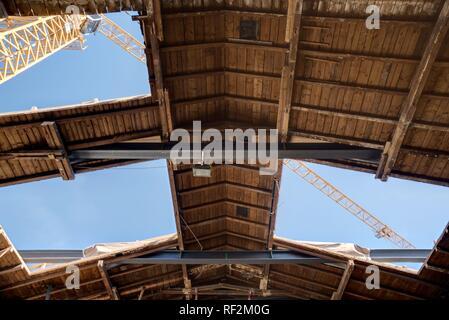 Linz, Kunstuniversität, Umbau und Revitalisierung des östlichen Brückenkopfgebäudes für die Kunstakademie - Stock Photo