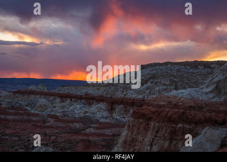 Golden sunset over The Rimrocks area of Grand Staircase-Escalante National Monument, Utah - Stock Photo