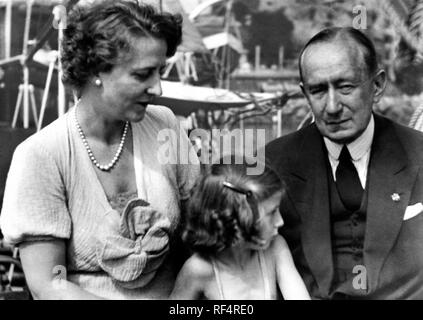 guglielo marconi and family, 1936 Stock Photo