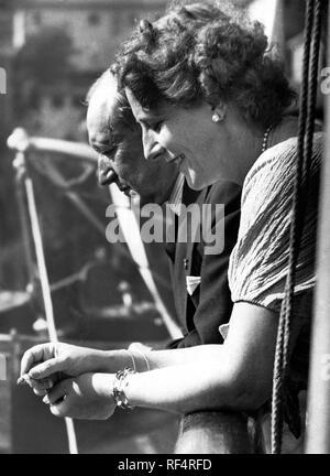 guglielmo marconi and the second wife maria cristina bezzi scali, 1936 Stock Photo