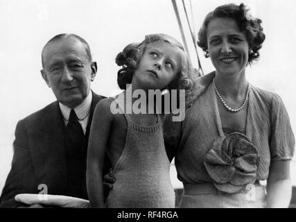 elettra marconi and family, 1936 Stock Photo