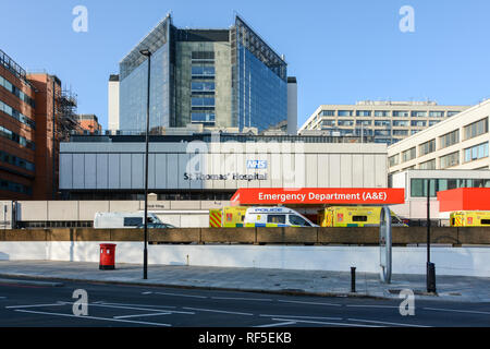 Exterior of St Thomas' Hospital Accident and Emergency Department (A&E) in Waterloo, London, UK - Stock Photo