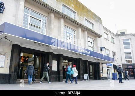 Exterior facade of Richmond Station, The Quadrant, Richmond, London, TW9, UK - Stock Photo