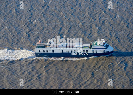 P & O Isle of Man Ferry, Seatruck Power, leaving Liverpool on the river Mersey, North West England, UK - Stock Photo
