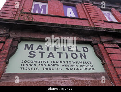 Disused Manchester Mayfield Station Building, Fairfield street, Piccadilly, Manchester, North West England, UK , M1 2QF - Stock Photo