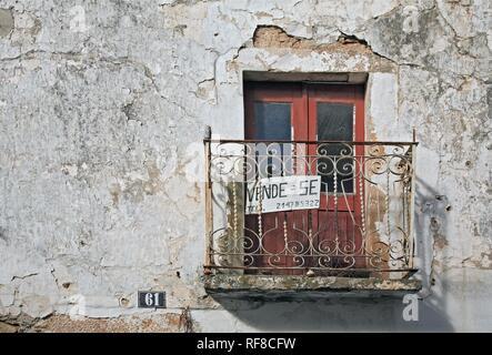 For Sale sign - 'Se Vende' - in the spa town of Monchique, Algarve, Portugal - Stock Photo
