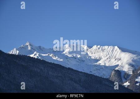 Pinzgau, Salzach, Salzburg, Lengdorf, Tiefschnee, Alpenhauptkamm, Granatspitze, Felbertauern, Glocknergruppe, Zwölferkogel, Pihapper, Nationalpark, - Stock Photo