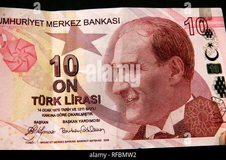 Ten Turkish Lira bank note, with Atatürk on. Turkey - Stock Photo