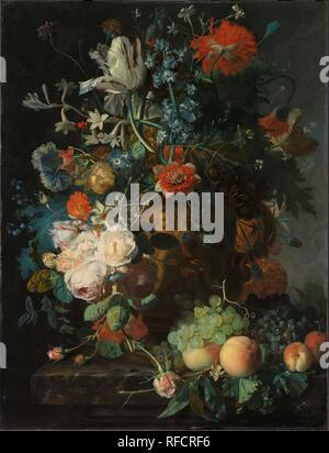 Still Life with Flowers and Fruit. Dating: c. 1721. Measurements: h 81 cm × w 61 cm; d 9 cm. Museum: Rijksmuseum, Amsterdam. Author: JAN VAN HUYSUM. - Stock Photo