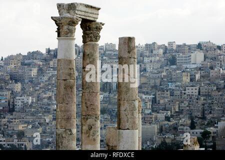 Columns of the roman Hercules temple, Amman, Jordan - Stock Photo