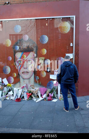 David Bowie mural in Brixton, London - Stock Photo