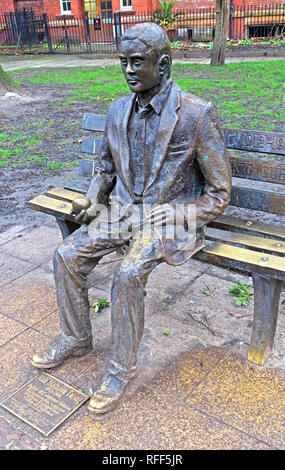Bronze statue of Alan Mathison Turing, Sackville Gardens, Gay Village Canal St, Manchester, Lancs, England, UK, M1 - Stock Photo