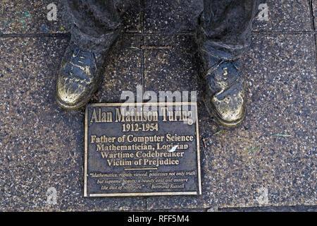 Bronze statue of Alan Mathison Turing, Sackville Gardens, Gay Village Canal St, Manchester, Lancs, England, UK, M1 - Stock Photo