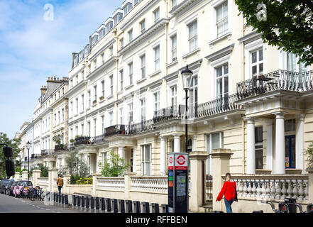 Victorian townhouses, Pembridge Gardens, Notting Hill, Royal Borough of Kensington and Chelsea, Greater London, England, United Kingdom - Stock Photo