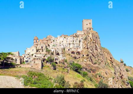 The deserted village of Craco, close to Matera, Basilicata, Italy, Europe - Stock Photo