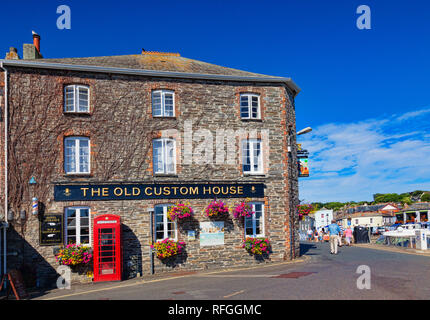 26 June 2018: Padstow, Cornwall, UK - The Old Custom House hotel in Padstow, Cornwall, UK - Stock Photo