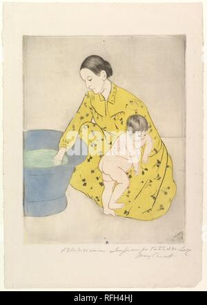 The Bath. Artist: Mary Cassatt (American, Pittsburgh, Pennsylvania 1844-1926 Le Mesnil-Théribus, Oise). Dimensions: image: 11 5/8 x 9 3/4 in. (29.5 x 24.8 cm)  sheet: 17 x 11 13/16 in. (43.2 x 30 cm). Date: 1890-91. Museum: Metropolitan Museum of Art, New York, USA. - Stock Photo