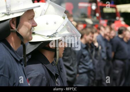DEU, Federal Republic of Germany, Essen: Public day, oen door at a volounteer fire brigade. - Stock Photo