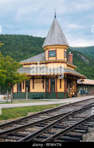 Train station at Crawford Notch, in the White Mountains, New Hampshire - Stock Photo