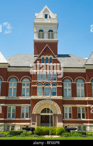 Historic Ogle County courthouse.  Oregon, Illinois, USA - Stock Photo