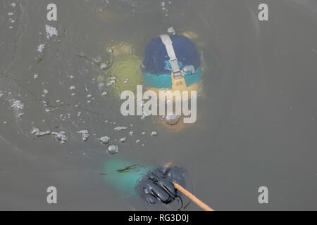 DEU, Federal Republic of Germany, Essen : Rescue diver of a fire brigade at a training. - Stock Photo