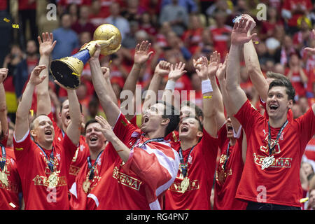 Herning, Denmark. 27th Jan, 2019. RASMUS LAUGE (11) holds the trophy as he celebrates with Denmark teammates after their 31:22 win over Norway in the IHF Mens Handball World Championship 2019 Final . Credit: Lars Moeller/ZUMA Wire/Alamy Live News - Stock Photo