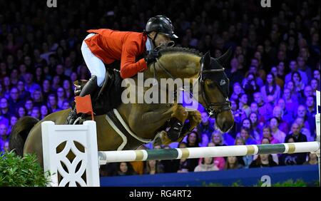 Show Jumping : Jumping Amsterdam 2019 - Longines FEI Jumping World Cup Pius Schwizer with Courtney Cox. 2nd place of the World Cup Jumping on January 27, 2019 in Amsterdam, Holland. Credit: Margarita Bouma/SCS/AFLO/Alamy Live News - Stock Photo