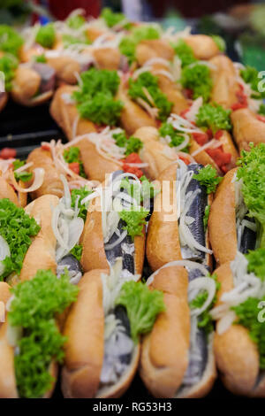 Berlin, Germany. 18th Jan, 2019. Rolls topped with fish are on display for tasting at the Green Week. Credit: Annette Riedl/dpa-Zentralbild/ZB/dpa/Alamy Live News - Stock Photo