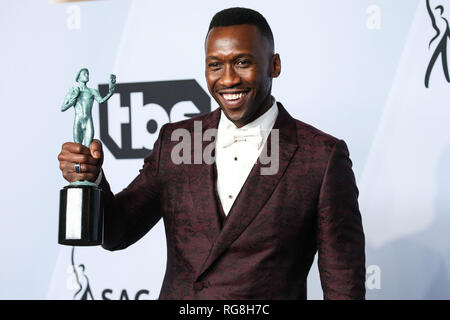 Los Angeles, California, USA. 27th Janaury 2019. Actor Mahershala Ali poses in the press room at the 25th Annual Screen Actors Guild Awards held at The Shrine Auditorium on January 27, 2019 in Los Angeles, California, United States. (Photo by Xavier Collin/Image Press Agency) Credit: Image Press Agency/Alamy Live News - Stock Photo
