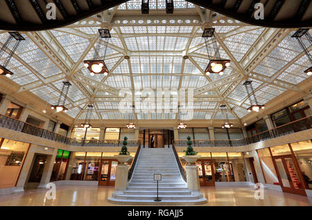 The lobby light court of The Rookery building on La Salle Street in the Loop district, Chicago, Illinois, USA - Stock Photo