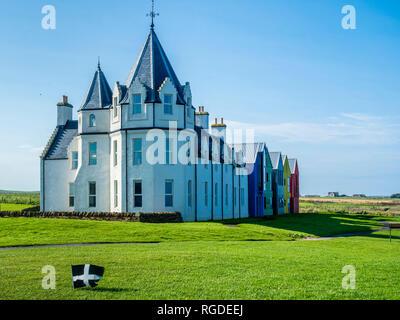 UK, Scotland, Highland, Caithness, John O'Groats, row of houses - Stock Photo