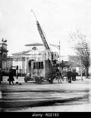 marconi radio car station, 1900 - Stock Photo