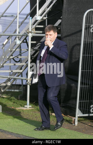 London, UK. 29th Jan, 2019. Pro Brexit Andrew Bridgen, Conservative MP for North West Leicestershire interviewed by the Media at College Green as members of Parliament debate and vote on several Brexit amendments  including Sir Brady's amendment to replace the Irish Backstop and Labour amendment  to delay  Brexit and Article 50 if no deal is reached by 26 February Credit: amer ghazzal/Alamy Live News - Stock Photo