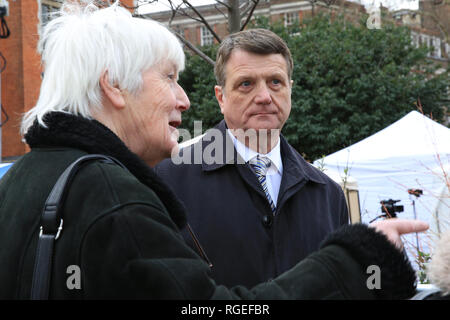 Westminster, London, UK, 29th Jan 2019. UK Leader Gerard Batten with supporters. Activists from both the pro Brexit and Remain campaigns protest in Westminster around the Houses of Parliament and College Green today, as Parliament is due to take decisions on amendments and vote on the Brexit deal once again. A heavier than usual police presence is noticeable and aggressions flare up throughout the day. Credit: Imageplotter News and Sports/Alamy Live News - Stock Photo