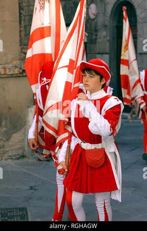 Procession in traditional clothes, Corsa del Palio, in the historic city of Siena, Tuscany, Italy, Europe