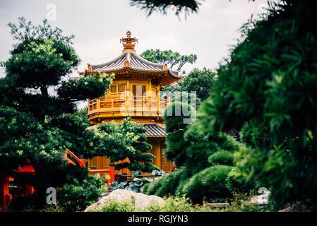 China, Hong Kong, Diamond Hill, Nan Lian Garden, Golden Pavilion of Absolute Perfection