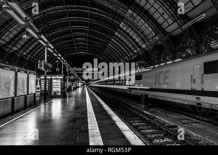 Frankfurt am Main/ Germany - july 22 2017: roof of the main railway station (Hbf) with an ICE train and the platform - Stock Photo