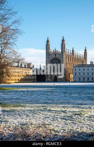 Cambridge, UK. 30th Jan, 2019. King's College, Cambridge after overnight snow, Cambridge, UK. 30th Jan, 2019. UK Weather Credit: Alan Copson City Pictures/Alamy Live News - Stock Photo
