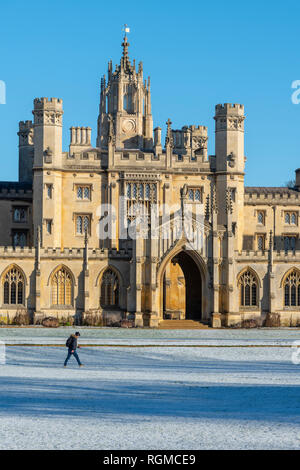 Cambridge, UK. 30th Jan, 2019. St John's College, Cambridge, after overnight snow, Cambridge, UK. 30th Jan, 2019. UK Weather Credit: Alan Copson City Pictures/Alamy Live News - Stock Photo