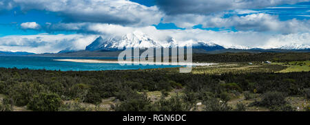 Chile, Patagonia, Magallanes y la Antartica Chilena Region, Torres del Paine National Park, Cuernos del Paine, Lago del Toro - Stock Photo