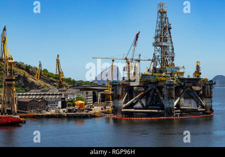Reformation of the oil tower. Port of the city of Niteroi, state of Rio de Janeiro Brazil, South America.