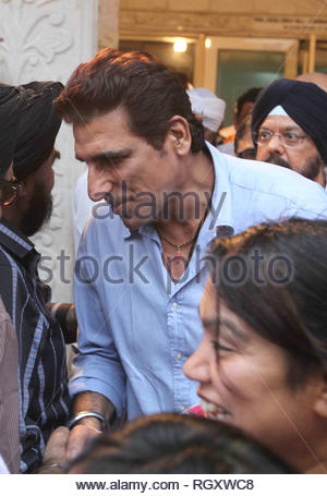 Bollywood actor Mukesh Rishi during the prayer meeting of late actor Pran in Mumbai, India on July 15, 2013. (Shailesh Andrade) - Stock Photo