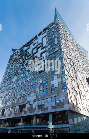 The Cube mixed use building near the Mailbox in Birmingham - Stock Photo