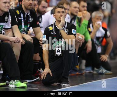 Hamburg, Deutschland. 25th Jan, 2019. firo: 25.01.2019, Handball: World Cup World Cup semi-finals Semi Final Germany - Norway gesture, Christian Prokop | usage worldwide Credit: dpa/Alamy Live News - Stock Photo