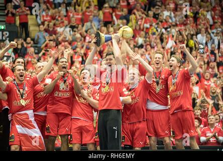 Award Ceremony jubilation Team DEN (1st place), goalkeeper Niklas LANDIN (DEN) with the Cup, Team, Final, Norway (NOR) - Denmark (DEN) 22: 3, on 27.01.2019 in Herning/Denmark Handball World Cup 2019, from 10.1. - 27.01.2019 in Germany/Denmark. | usage worldwide - Stock Photo