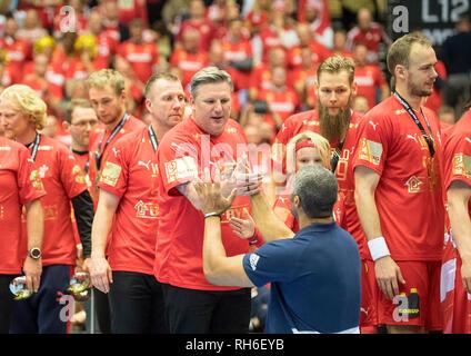 Award Ceremony, Didier DINART (coach, FRA) congratulates coach Nikolaj JACOBSEN (DEN), Final, Norway (NOR) - Denmark (DEN) 22: 3, on 27.01.2019 in Herning/Denmark Handball World Cup 2019, from 10.01. - 27.01.2019 in Germany/Denmark. | usage worldwide - Stock Photo