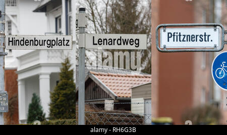 01 February 2019, Schleswig-Holstein, Lübeck: ILLUSTRATION - The combo of three photos shows street signs with the names 'Hindenburgplatz, Lenardweg and Pfitznerstraße'. The citizenship of Lübeck has decided to rename the streets after historically polluted persons. Photo: Markus Scholz/dpa - Stock Photo