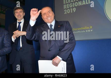 Foto Fabio Urbini /LaPresse 01 Febbraio 2019 Pescara (PE) Italia Politica  Pescara porto Turistico Nella foto: Berlusconi Silvio - Stock Photo